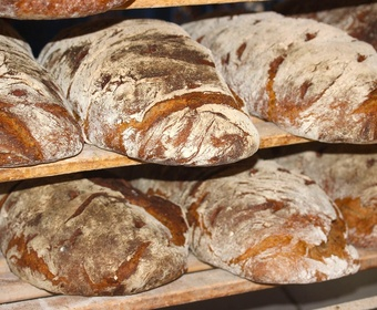 Baking bread PS